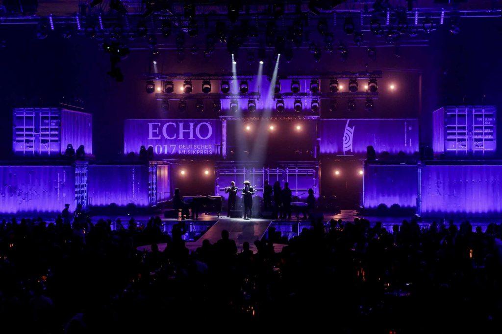 production-design-echo-pop-2017